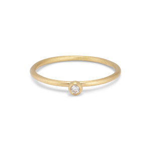 Princess ring, 18 karat guld, 0.05 ct diamant, kuglefatning